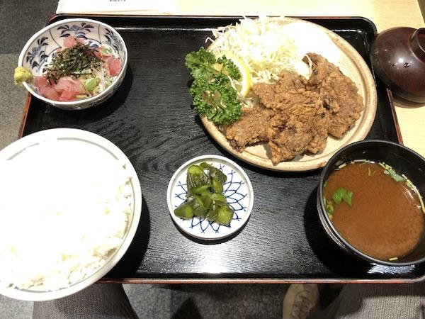 鮪小屋本店「鮪唐揚定食」